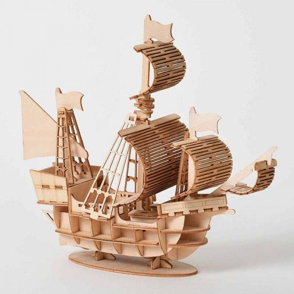Sailboat model kit